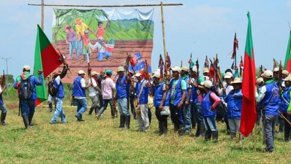 Foto: Nasa-folket demonstrerer etter drapet på Javier Oteca. (Coordinadora Andina de Organizaciones Indígenas)