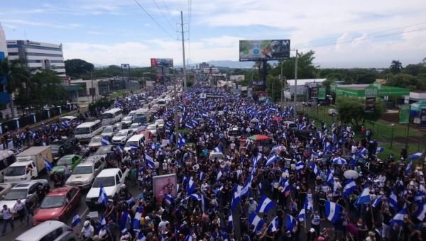 Foto: Marcha Juntos Somos un volcán, 12.07.2018. Foto: El arzobispo